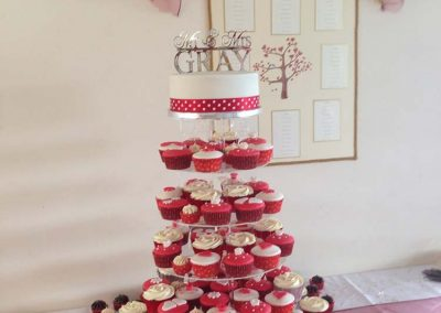 Red Wedding Cup Cakes